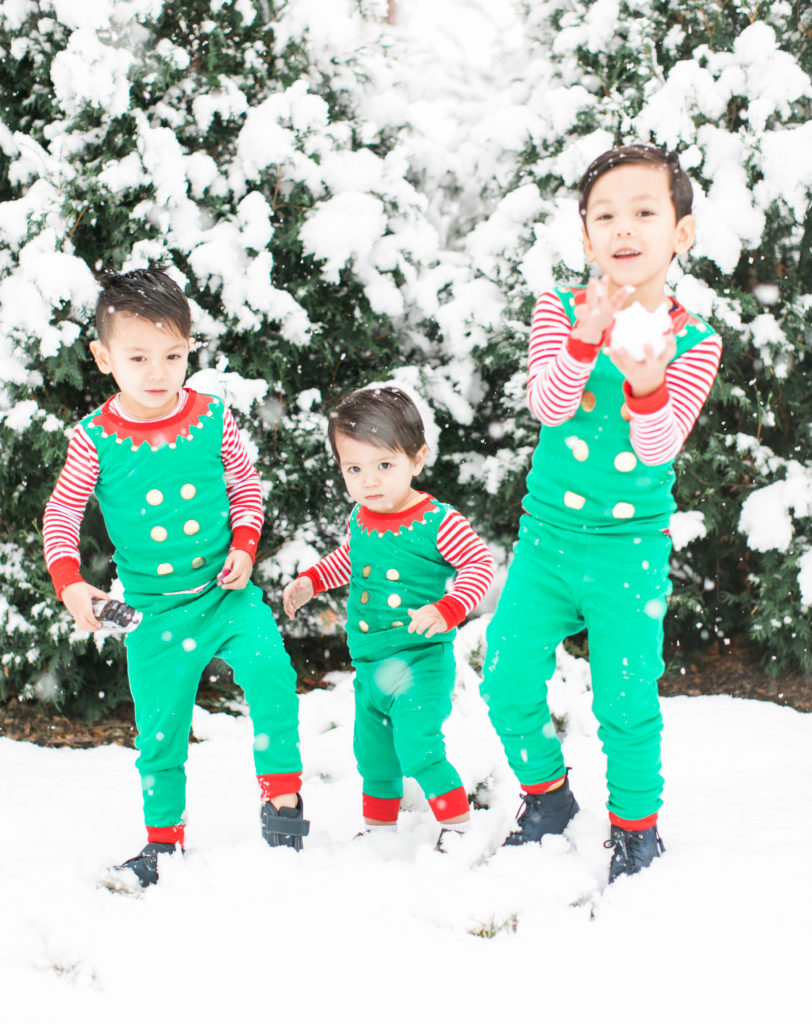 kids dressed as elves family photo holiday cards